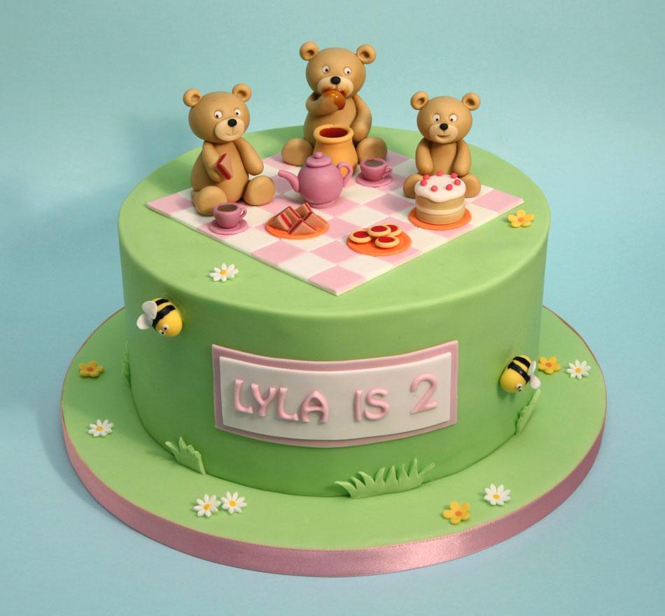 Chris Dance Cakes